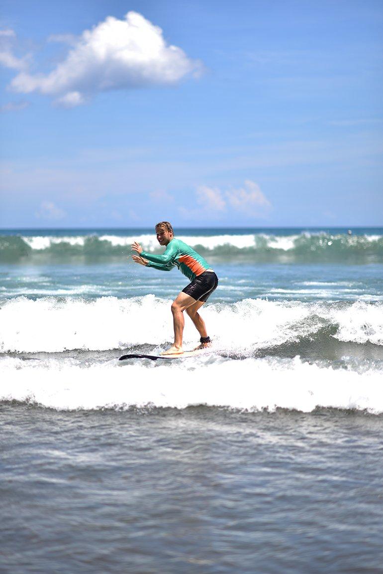surfingeetu