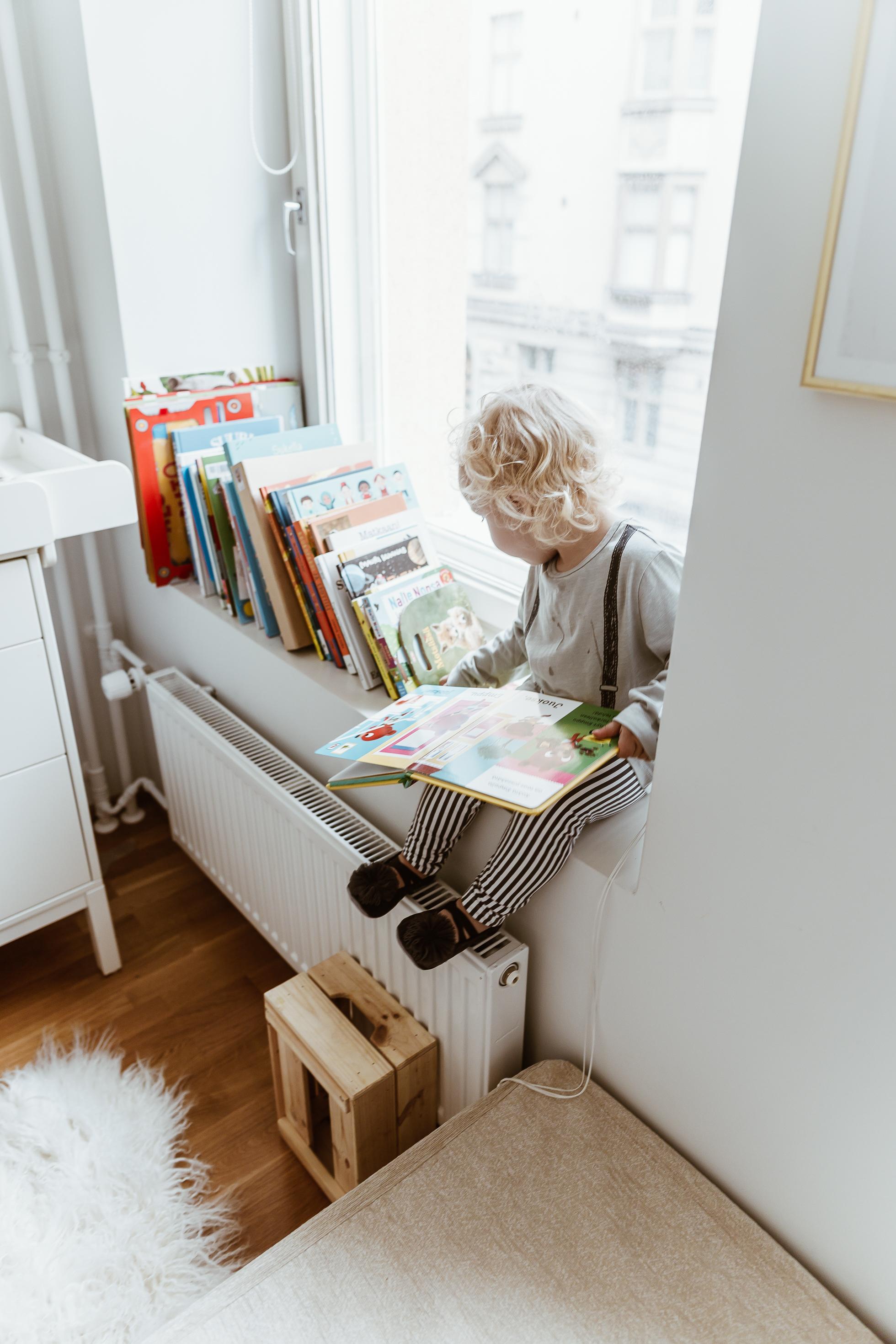 Kirjoista on aina iloa lapselle